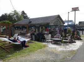 oceanside oregon bayside market in netarts
